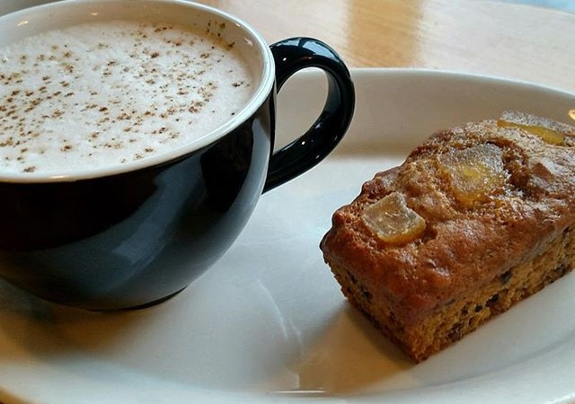 Spiced chai + pumpkin walnut mini loaf with candied ginger. A perfect pair for a chilly fall day #yaliscafe